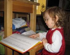 Johanna liest