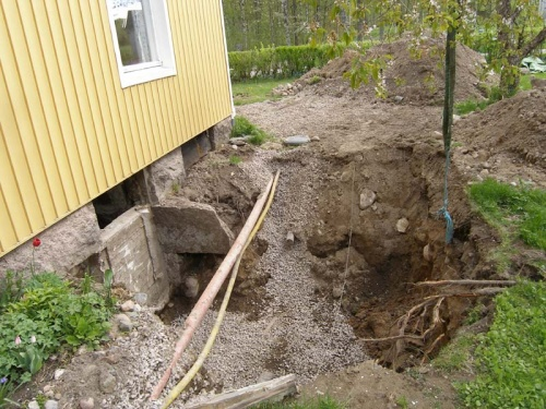 das neue Loch im Garten