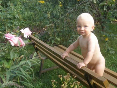 in Omis Garten