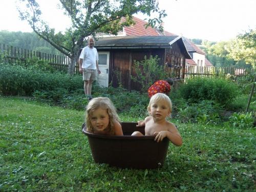 Plansch im Garten