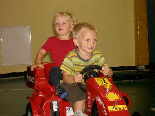 zwei Rennfahrer