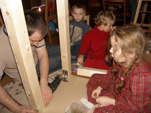 Computertisch bauen mit Papa