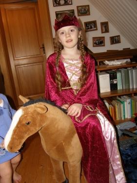 Dame zu Pferd