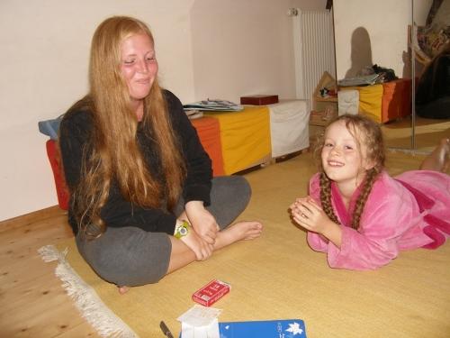 Kartenspielen mit Trisa